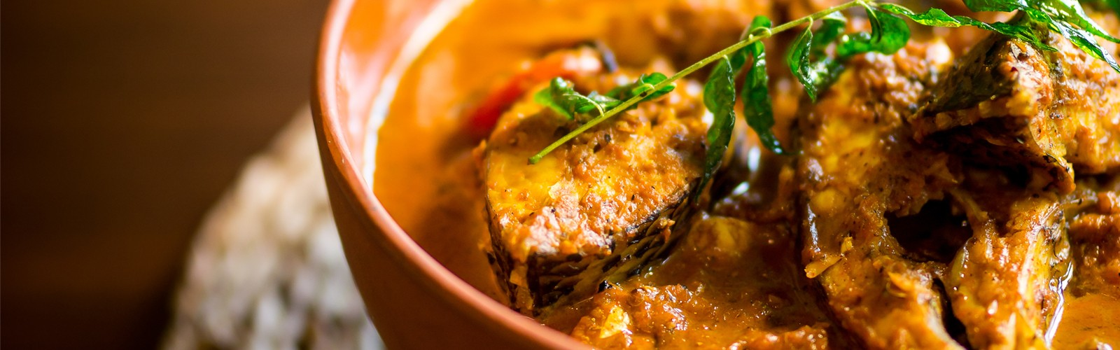 Pairing White Wine With Red Fish Curry